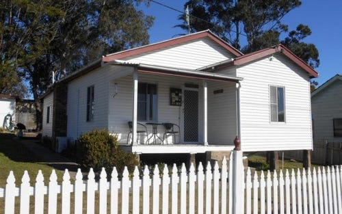 20 Sale Street, Greta NSW 2334