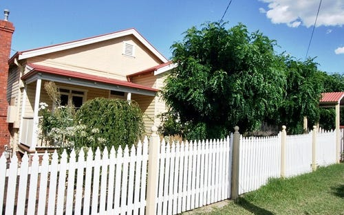 13 Roma Street, Wagga Wagga NSW
