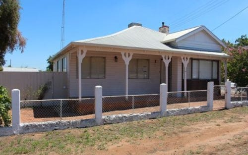 19 Oak St, Leeton NSW 2705