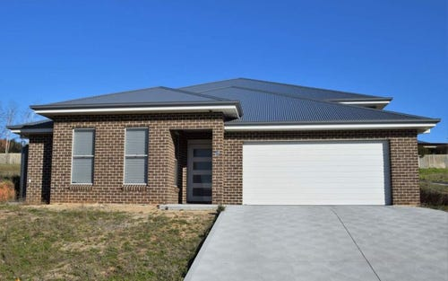 19 Parer Road, Abercrombie NSW 2795