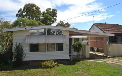 21 Butler Street, Woodstock NSW 2360