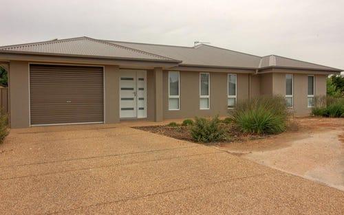 1/4 Apprentice Avenue, Wagga Wagga NSW