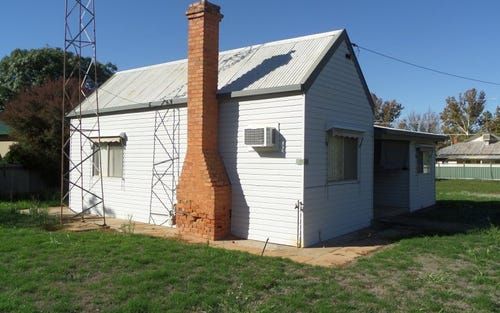 20 Grosvenor Street, Narrandera NSW 2700