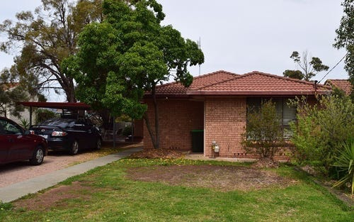 2 Lotus Place, Parkes NSW 2870