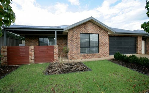 1/31 Warrambee Street, Galore NSW 2650