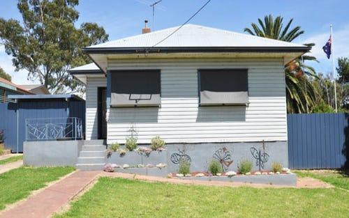 11 Harold Street, Junee NSW