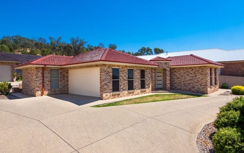 2/81 Atherton Crescent, Tatton NSW 2650
