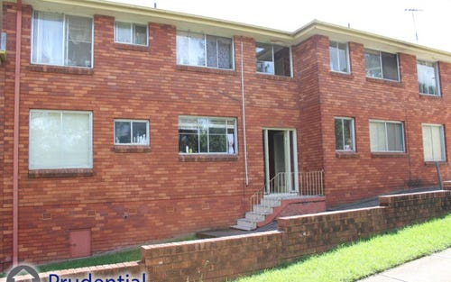 4/102 Dumaresq Street, Campbelltown NSW 2560