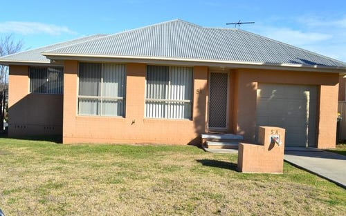 5A Kingfisher St, Woodstock NSW 2360