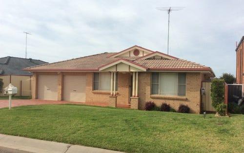 4 Baraba Close, Glenmore Park NSW