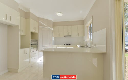 31 Falcon Drive, Tamworth NSW 2340