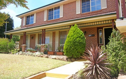 10 Bartlett Drive, Greenwell Point NSW 2540