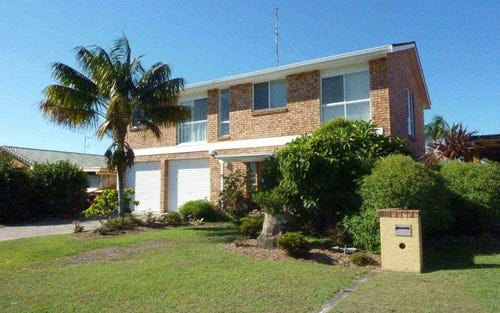 17 Cavill Ave, Forster NSW 2428