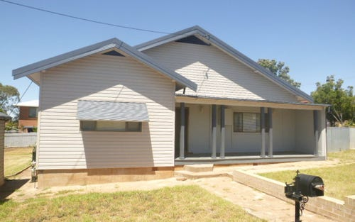 13 Thomas Street, Parkes NSW 2870