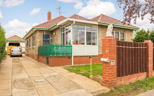 140 Uriarra Road, Crestwood NSW 2620