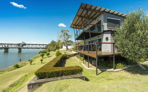 13 Riverside Drive, South Grafton NSW 2460