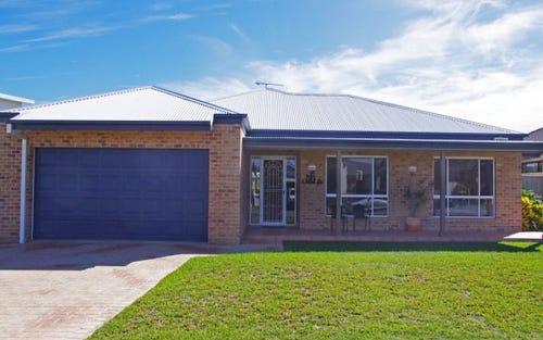 7 Shantull Drive, Wallabi Point NSW 2430