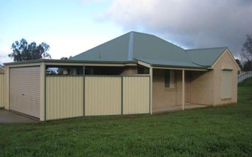 63 Kurrajong Crescent, Albury NSW 2640