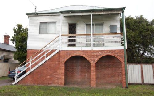 8 Newton Street, Singleton NSW 2330