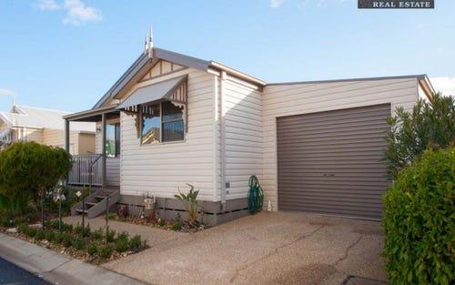 140/639 Kemp Street, Lavington NSW 2641