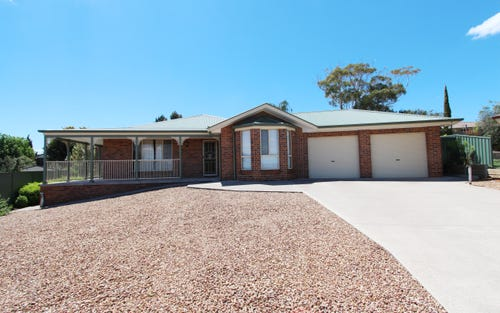 8 Hassall Gr, Kelso NSW