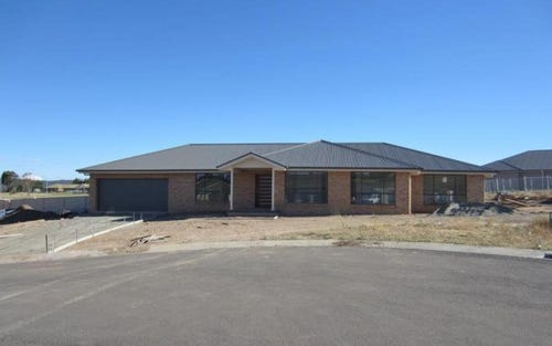 3 Lucas Close, Goulburn NSW 2580