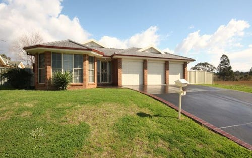 3 McMahon Way, Singleton NSW 2330