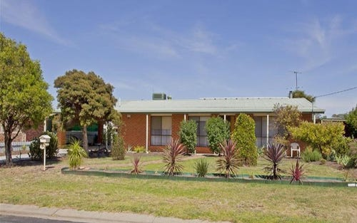 2 Thomas Place, Culcairn NSW 2660