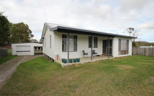 41 Clifton Street, Tenterfield NSW 2372