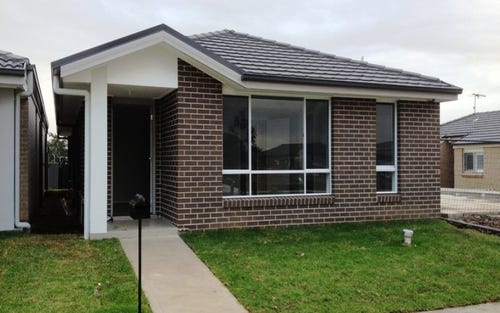141 Glenmore Ridge Drive, Glenmore Park NSW