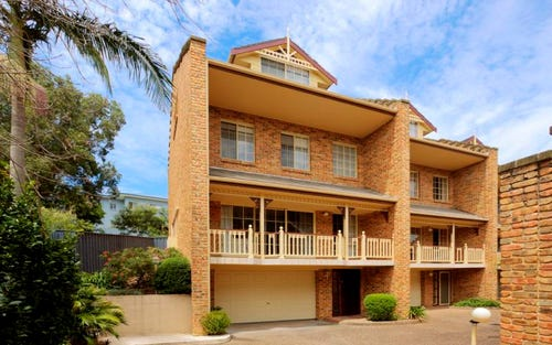1/10 Whiting Avenue, Terrigal NSW