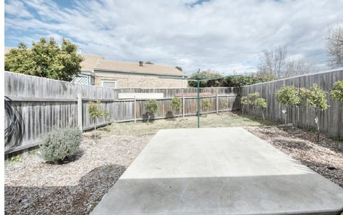 6 Charvin Court, Melba ACT