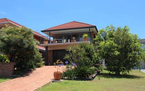 19 Escapade Avenue, Diamond Beach NSW