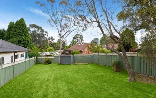 693 Henry Lawson Drive, East Hills NSW 2213