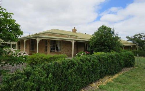 94 Weeroona Drive, Wamboin NSW 2620