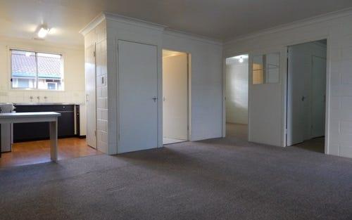 1/412 Kotthoff Street, Lavington NSW