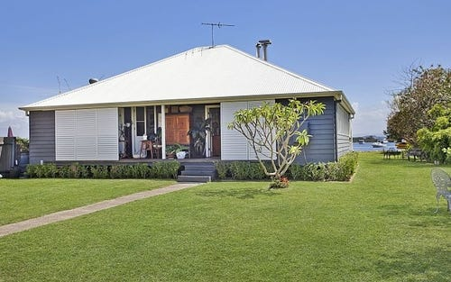 15 Haddon Crescent, Marks Point NSW 2280