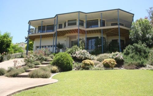 2 Gibbes Place, Kooringal NSW 2650