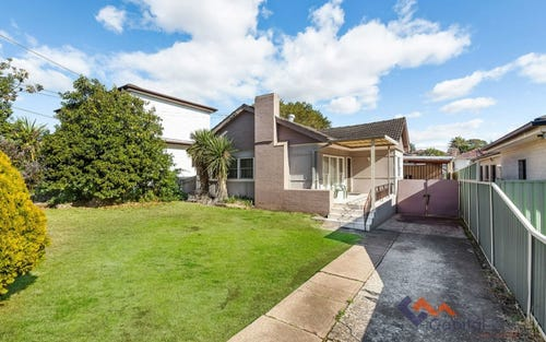 10 Strickland Rd, Guildford NSW 2161