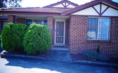 8 /201 Old Windsor Road, Northmead NSW