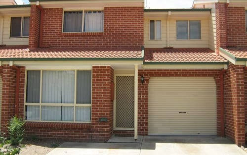 Unit 16/174 Clive Steele Avenue, Monash ACT