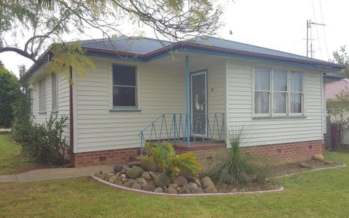 17 Young Avenue, Nowra NSW 2541