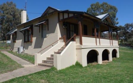 28 Canowindra St, Canowindra NSW