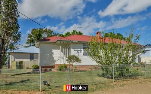 Unit/12A Thompson Crescent, Tamworth NSW