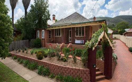 180 Carthage Street, Tamworth NSW 2340