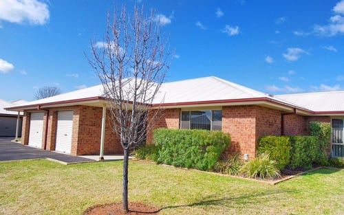 8/5 John Brass Place, Eulomogo NSW 2830