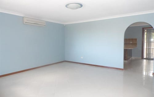 134 King Rd, Fairfield West NSW