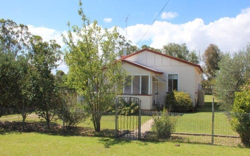 48 Derby Street, Tenterfield NSW 2372