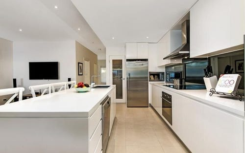 20 Doris Street, Picnic Point NSW 2213