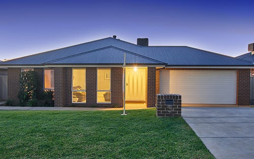 3 St Pauls Place, Estella NSW